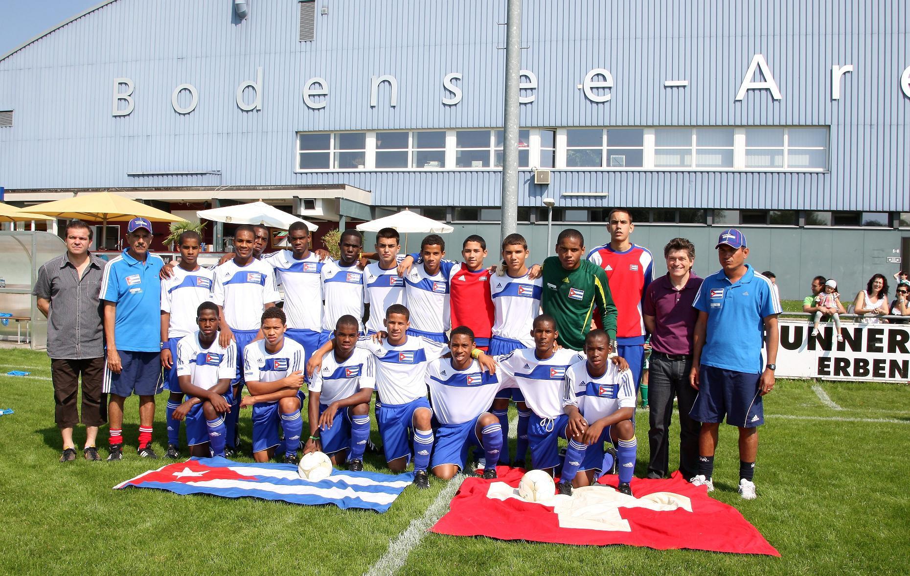 G14_Kuba U-15 vor dem Spiel gegen Kreuzlingen.jpg